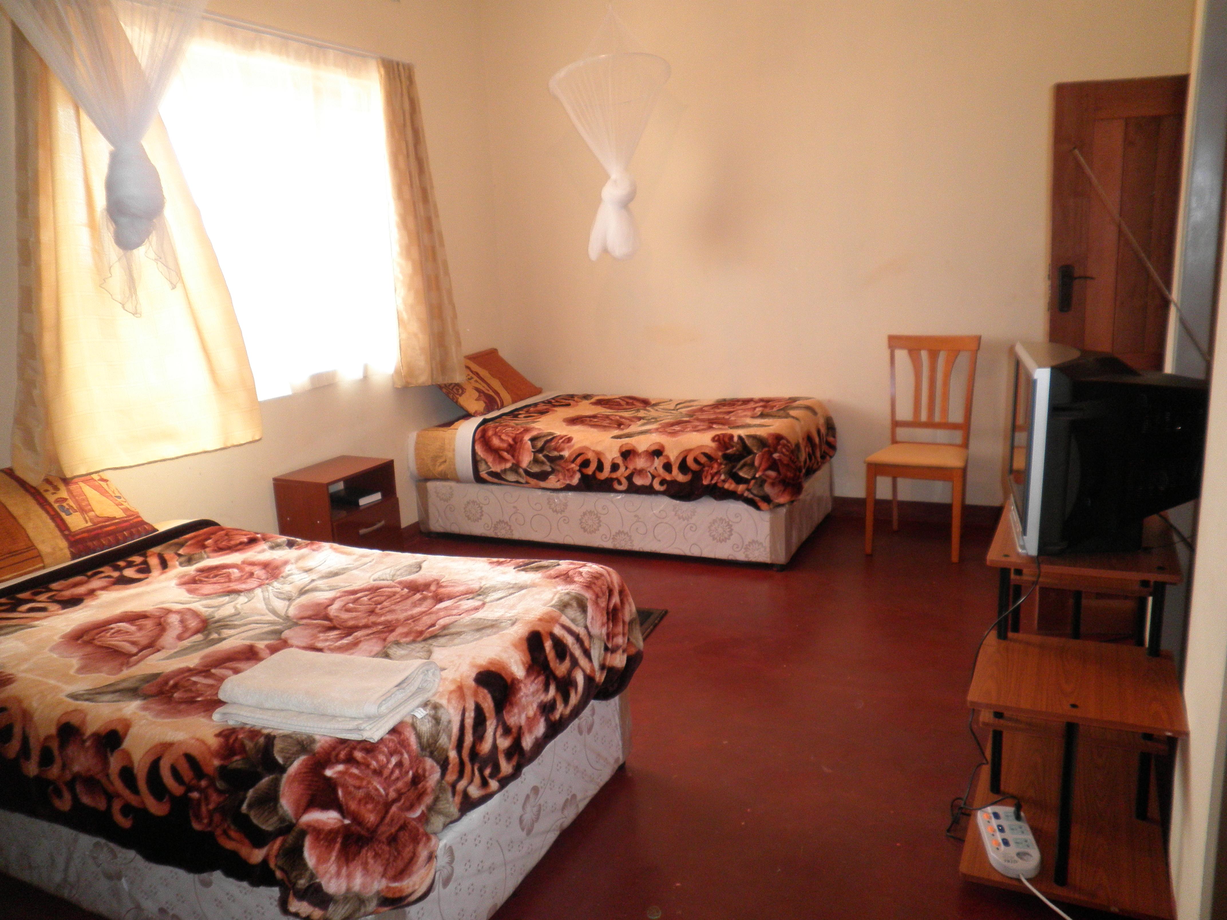 Schone kamers met comfortabele bedden en een goede keuken